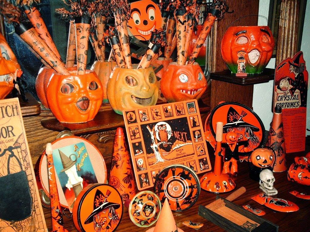 Vintage Halloween Collectibles 47