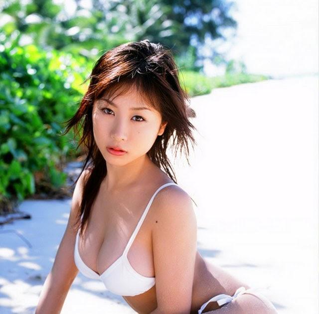 Mai Nishida Nude Photos 16