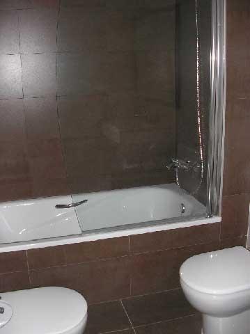 piso en venta calle-almenara castellon wc