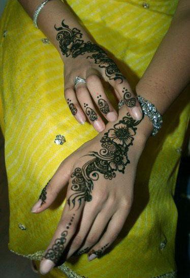 Fancy Mehndi Design: Fancy Mehndi Designs