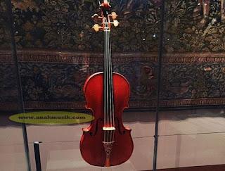 Daftar Harga Biola (Violin Terbaru 2016)