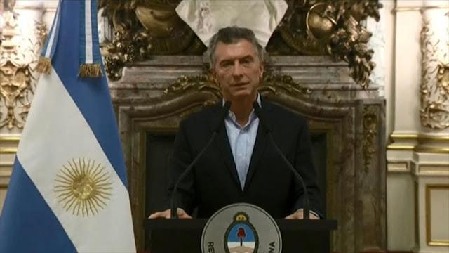 Regreso al FMI de Mauricio Macri aumenta tensión en Argentina
