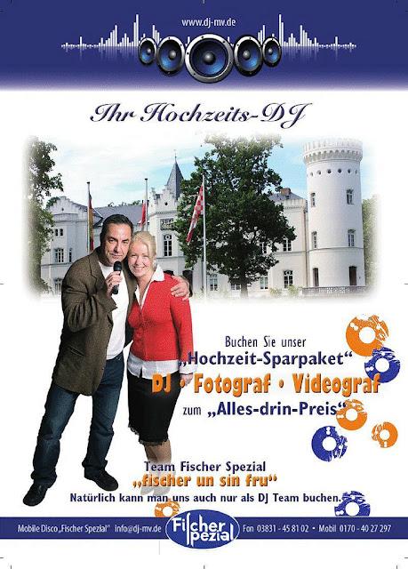 DJ Hochzeit Stralsund buchen mit Fotograf für die Trauung im Standesamt Rathaus, sowie Videograf für Erstellung  Hochzeitsvideo auf DVD
