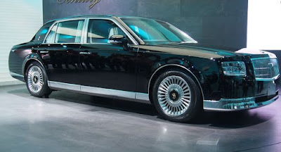 toyota century car photos - side look
