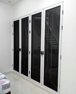 Proyek Pintu Ram Nyamuk Baja