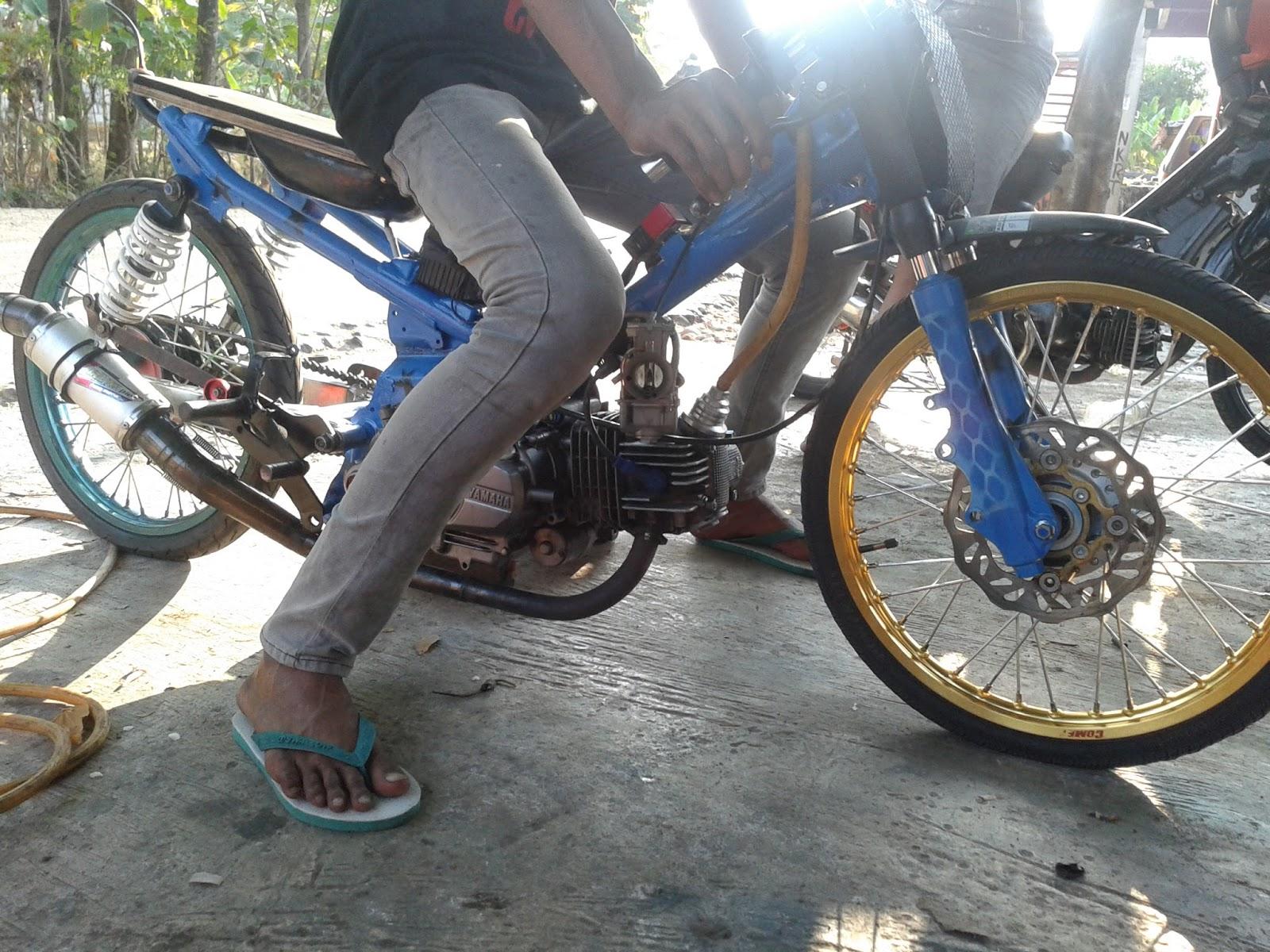 Gambar Motor Drag Desa