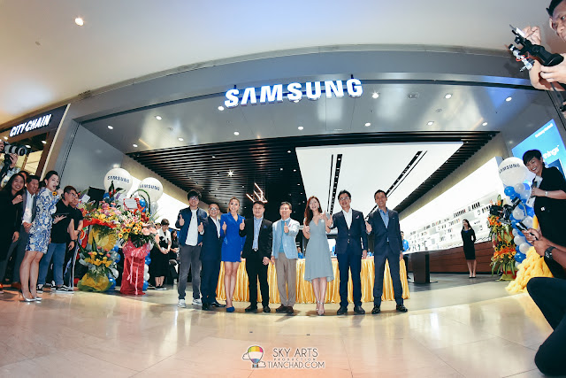 Samsung Premium Experience Store Opening @ Pavilion KL Get special freebies when you buy Samsung device here. Opening Perks for existing Samsung user too