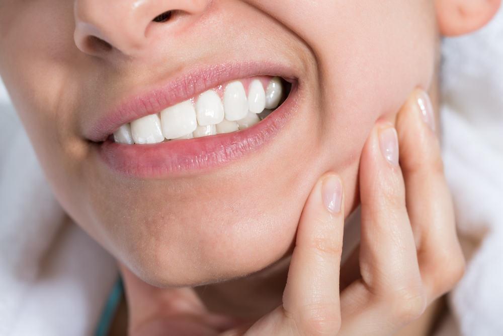 6 Cara Mengobati Sakit Gigi Berlubang Secara Alami Bicaralifestyle Com