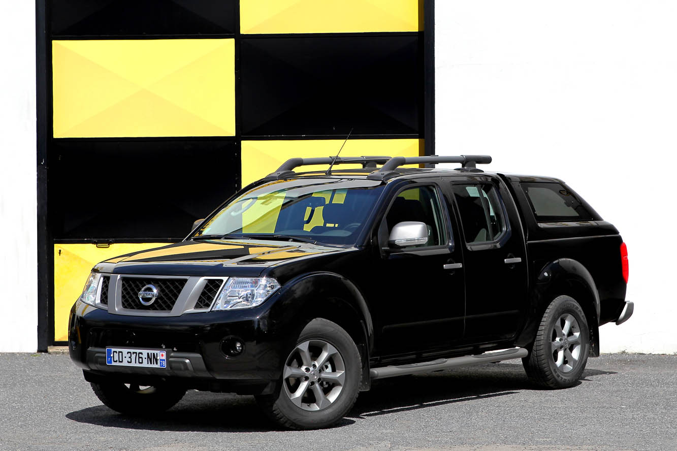 nissan navara pick up business edition motors and cars. Black Bedroom Furniture Sets. Home Design Ideas