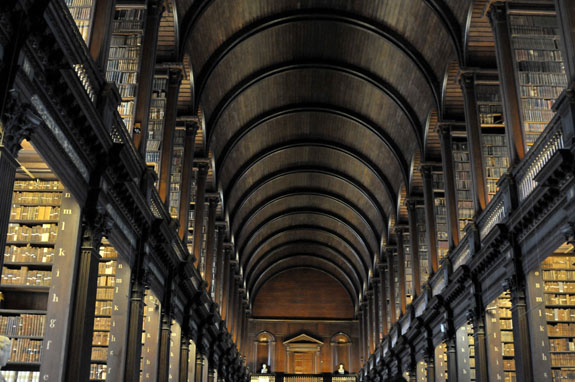 one day in dublin ireland trinity college library book of kells