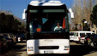 Ζητείται έμπειρος οδηγός για εργασία σε τουριστικό γραφείο με λεωφορεία