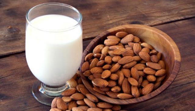 Resep Susu Almond Minuman Spesial Untuk Sajian Bulan Ramadhan