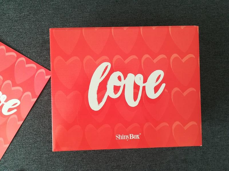 """Walentynkowe pudełko ShinyBox """"LOVE"""" luty 2018"""