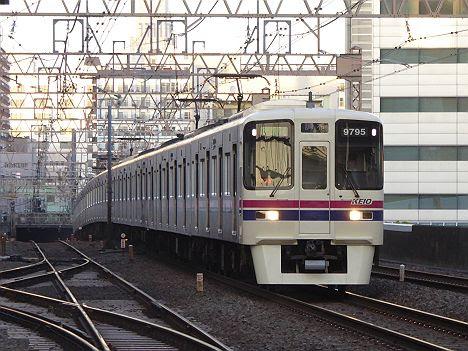 京王電鉄 区間急行 調布行き4 9000系