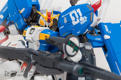 METAL ROBOT SPIRITS Ex-S Gundam Tactics Force α display