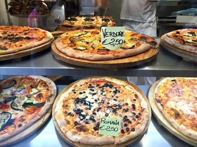 venedik, gezi, yurt dışı, tur, pizza, yemek