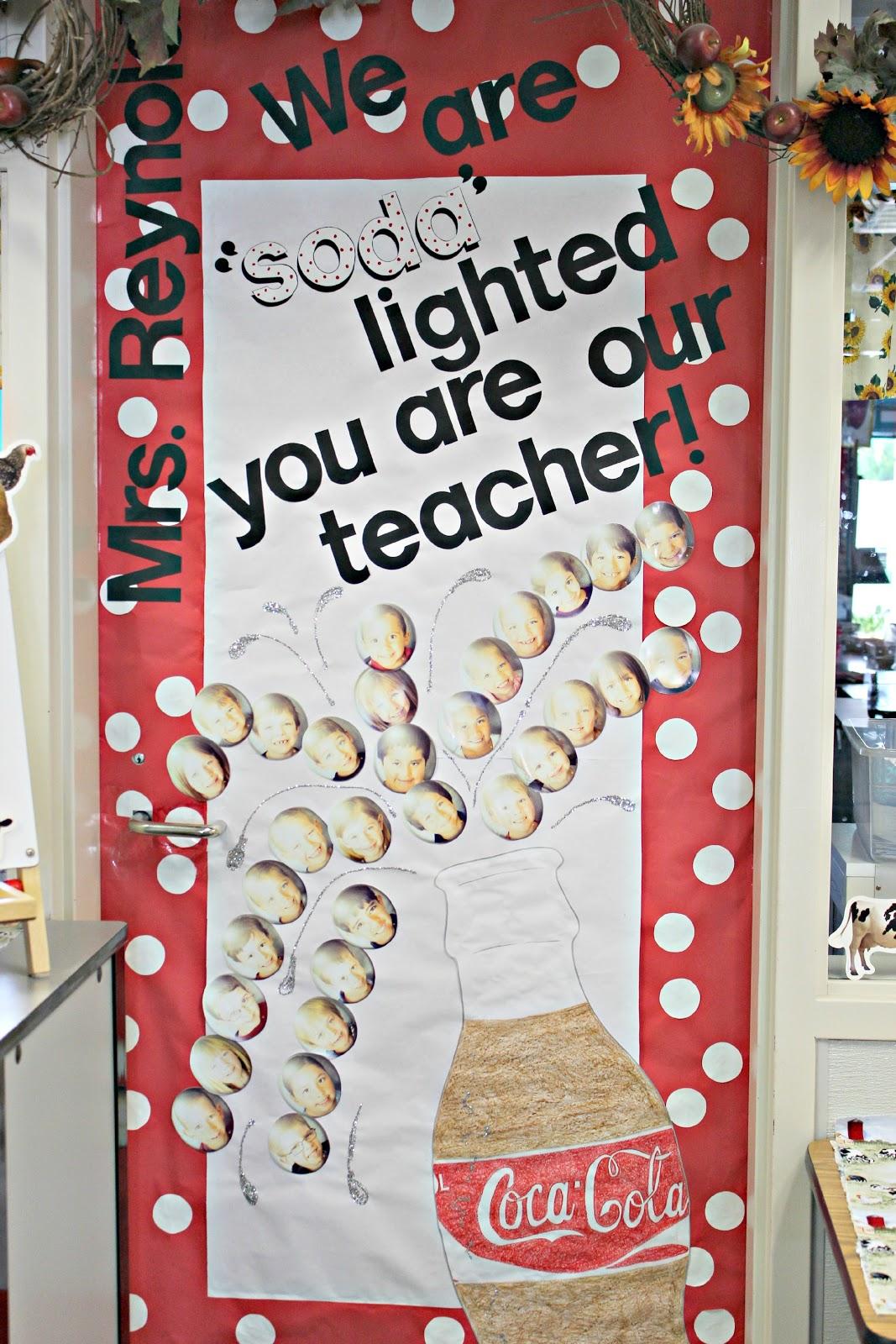 20 classroom door decorating ideas for teacher appreciation week & Four Marrs and One Venus: Teacher Appreciation: 20 Ideas for ...