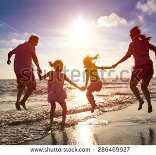 19 hari bersama keluarga