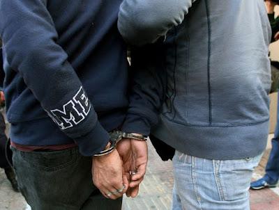 Συνελήφθησαν δύο αλλοδαποί στη Νέα Σελεύκεια Θεσπρωτίας, οι οποίοι νωρίτερα είχαν διαπράξει κλοπή από σπίτι στην ίδια περιοχή