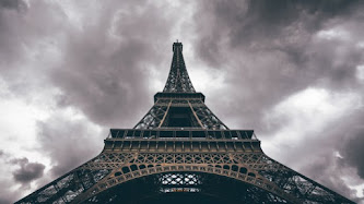 Wallpaper: Eiffel Tower in Benny Photography