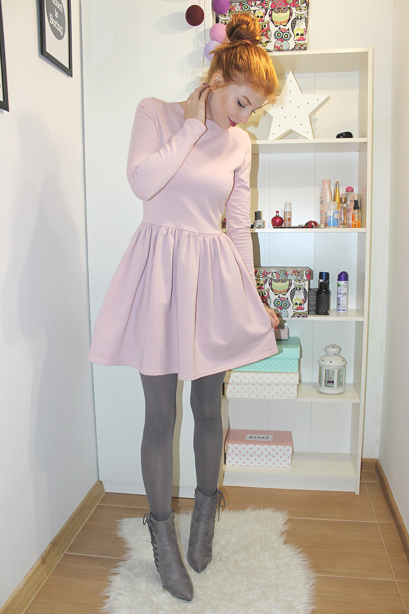 Pastelowa sukienka + urodziny