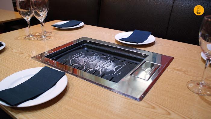 Detalle barbacoa coreana restaurante Maru Madrid