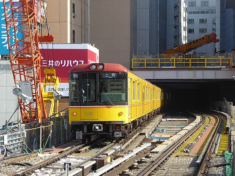 銀座線 上野行き3 1000系(2016年 渋谷駅改良工事中に撮影)