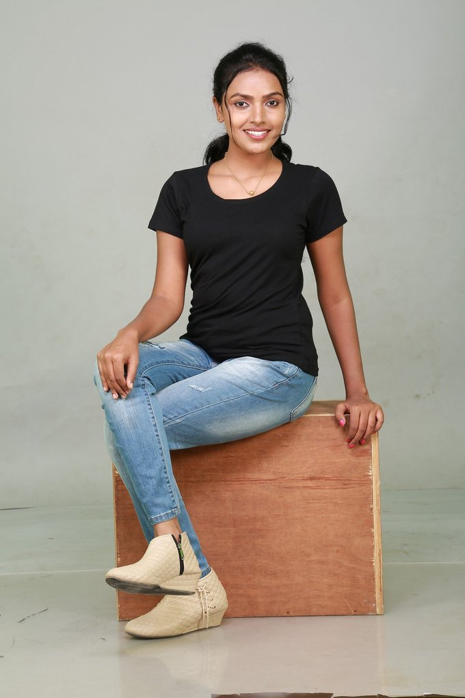 Actress Sowmya Latest Photo Shoot