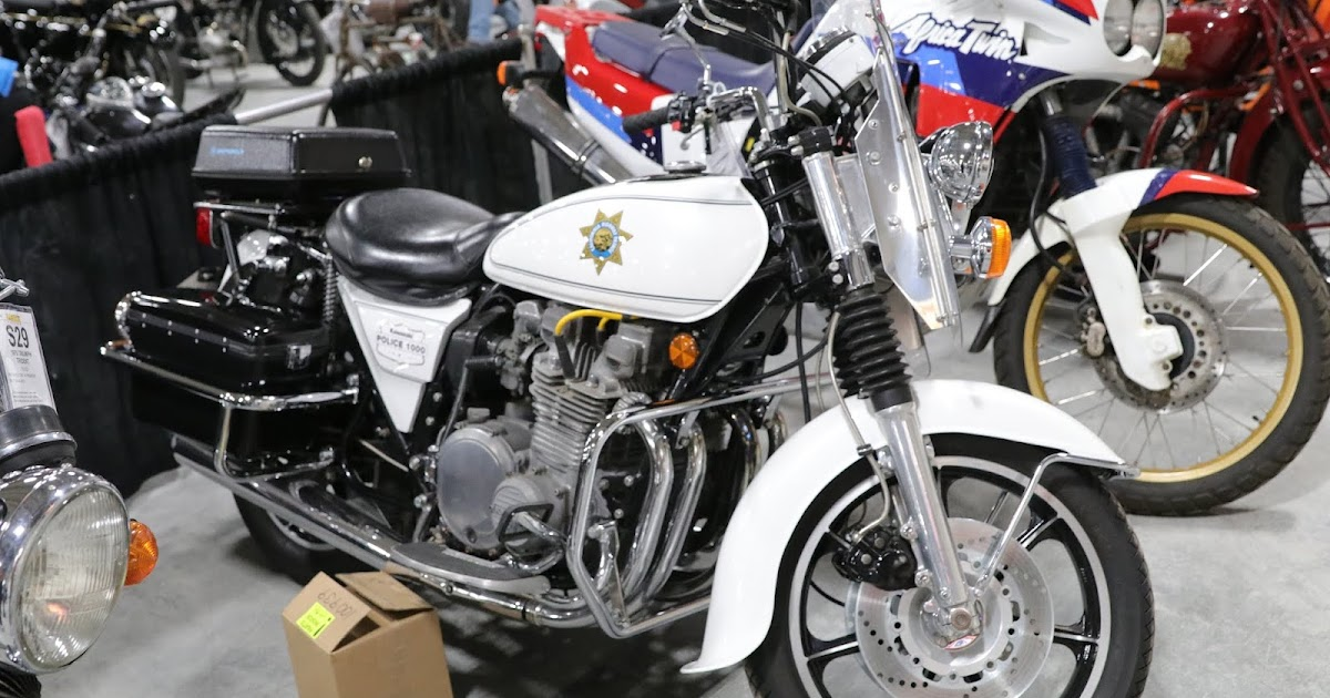OldMotoDude: Kawasaki Police 1000 spotted at the 2016 Isle