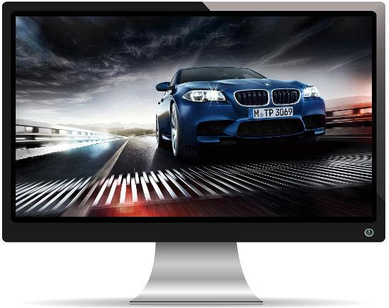 BMW M5 Bleue sur un Pont - Fond d'écran en Full HD 1080p