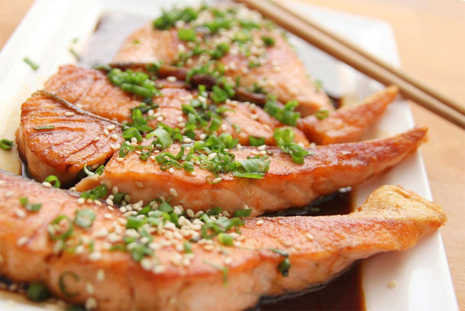 El pescado, uno de los 10 alimentos que ayudan a mejorar tu memoria