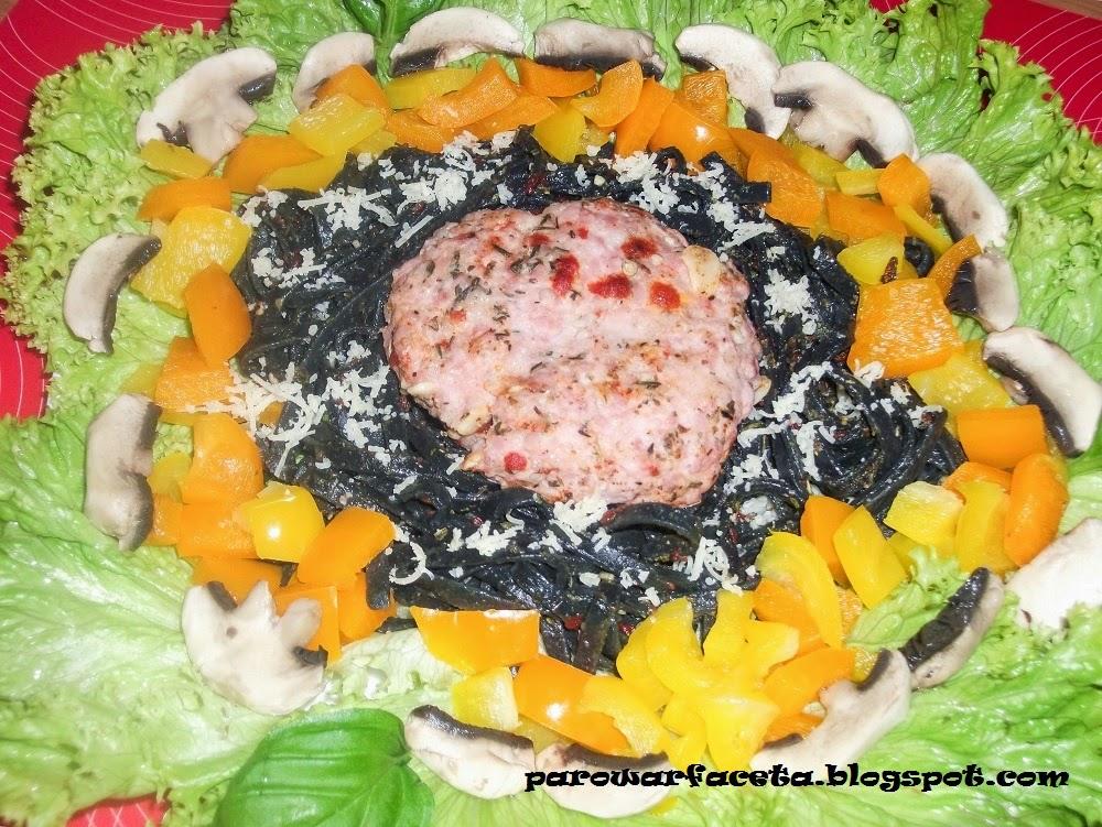 przepis na danie z parowaru makaron i mięso mielone