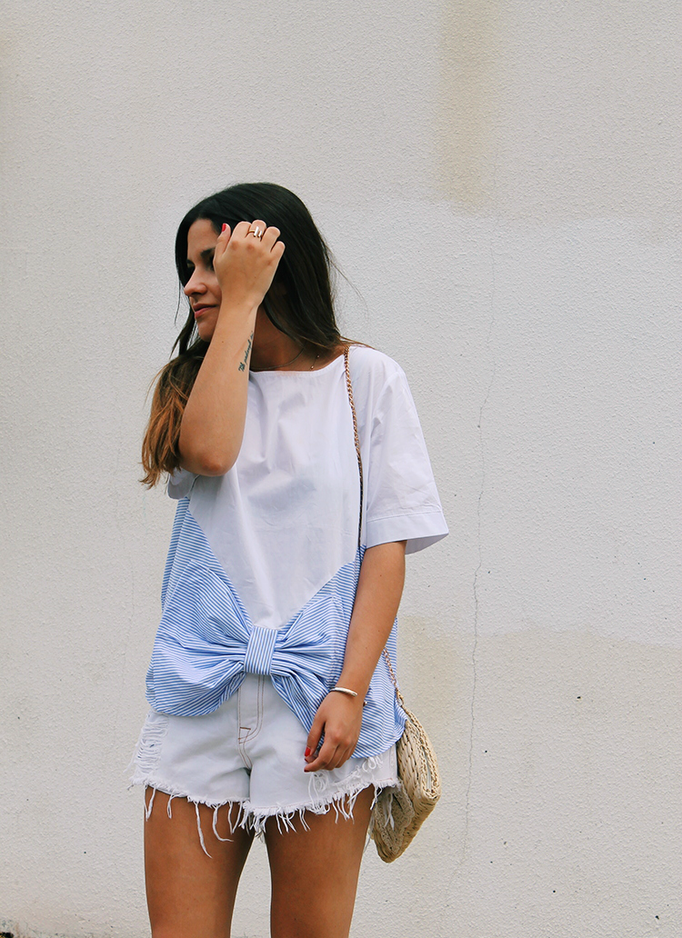 Outfit camiseta lazo blog de moda