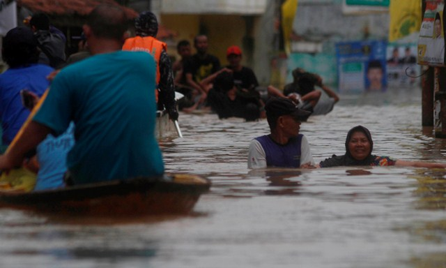 Banjir Kabupaten Bandung, Sejumlah Ruas Jalan Terputus