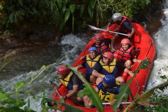 Paket Outbound Rafting Pangalengan Bandung