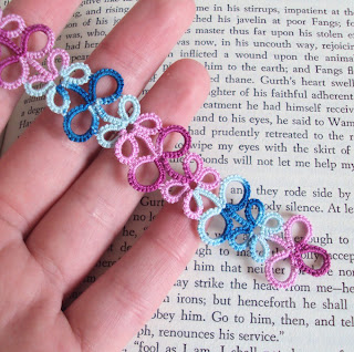 tatting bookmark blue pink