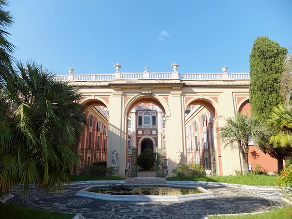 gênes genova via balbi palazzo reale jardins