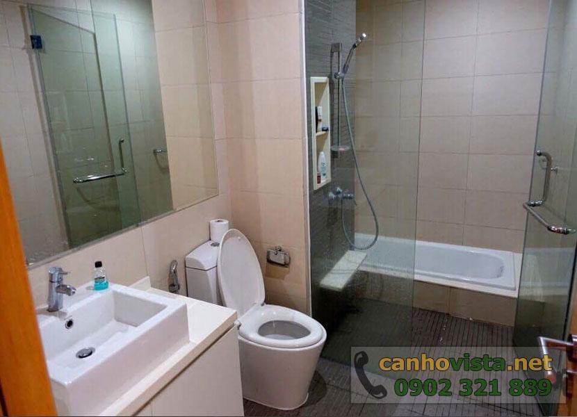 The Vista Quận 2 cần bán nhanh căn hộ 101m2 - phòng tắm