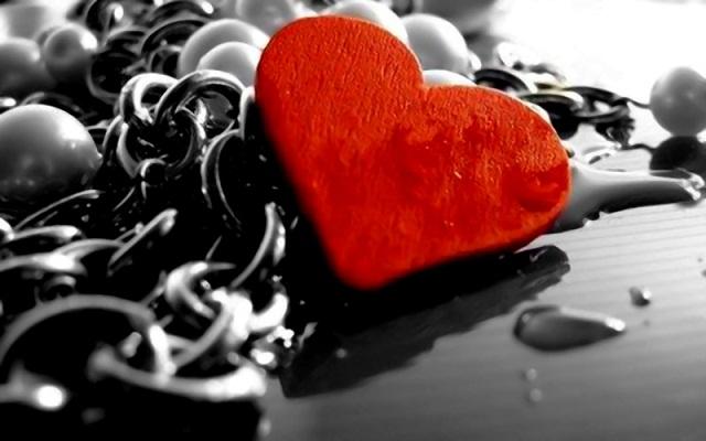 Kisah Tragis Dua Orang yang Jatuh Cinta Lewat Facebook
