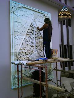Relief batu paras jogja/batu putih gambar kayon