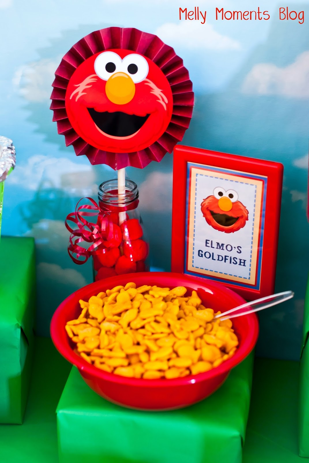 Sesame street elmo themed birthday party solutioingenieria Image collections