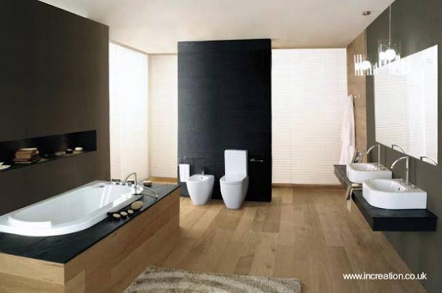Conjunto de baño contemporáneo con madera y sanitarios blancos