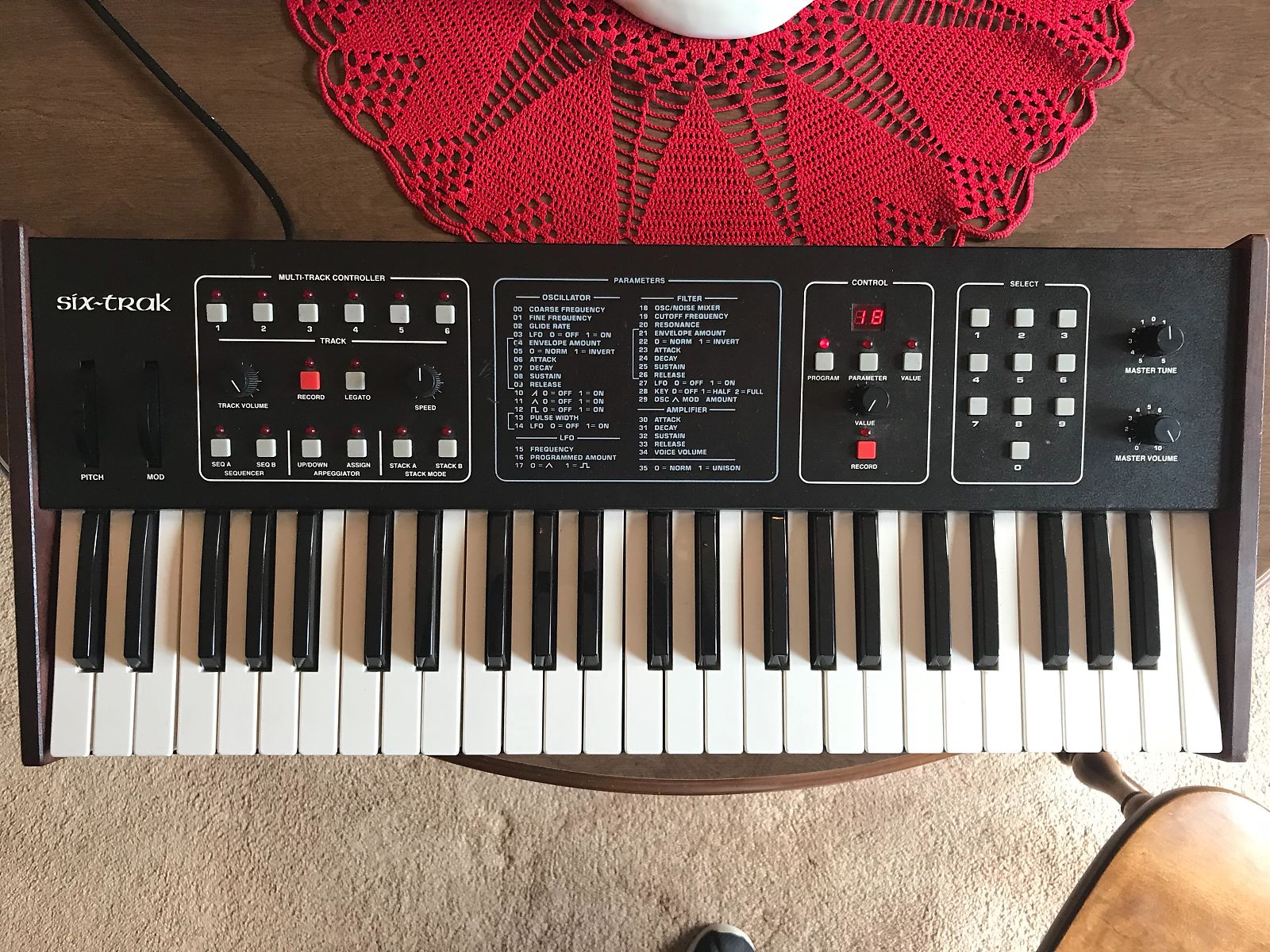 Matrixsynth Sequential Circuits Six Track Sn 001094
