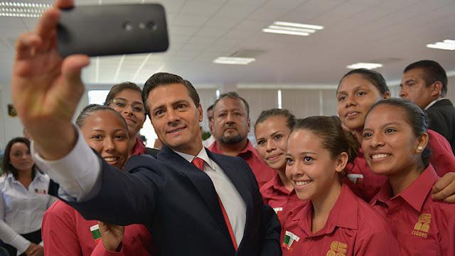 Enrique Peña Nieto busca acercarse a jóvenes con nuevo formato de su informe presidencial