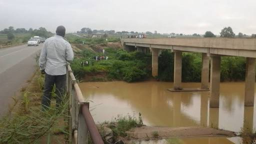 Vehicle Plunges Into River In Delta, 3 Persons Dead