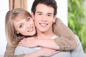 Benarkah Mempunyai Pasangan Lebih Muda Akan Lebih Bahagia?
