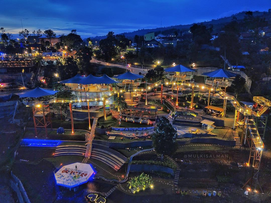 Ddieu Land Punclut New Place For Enjoy Bandung At Night Bandung
