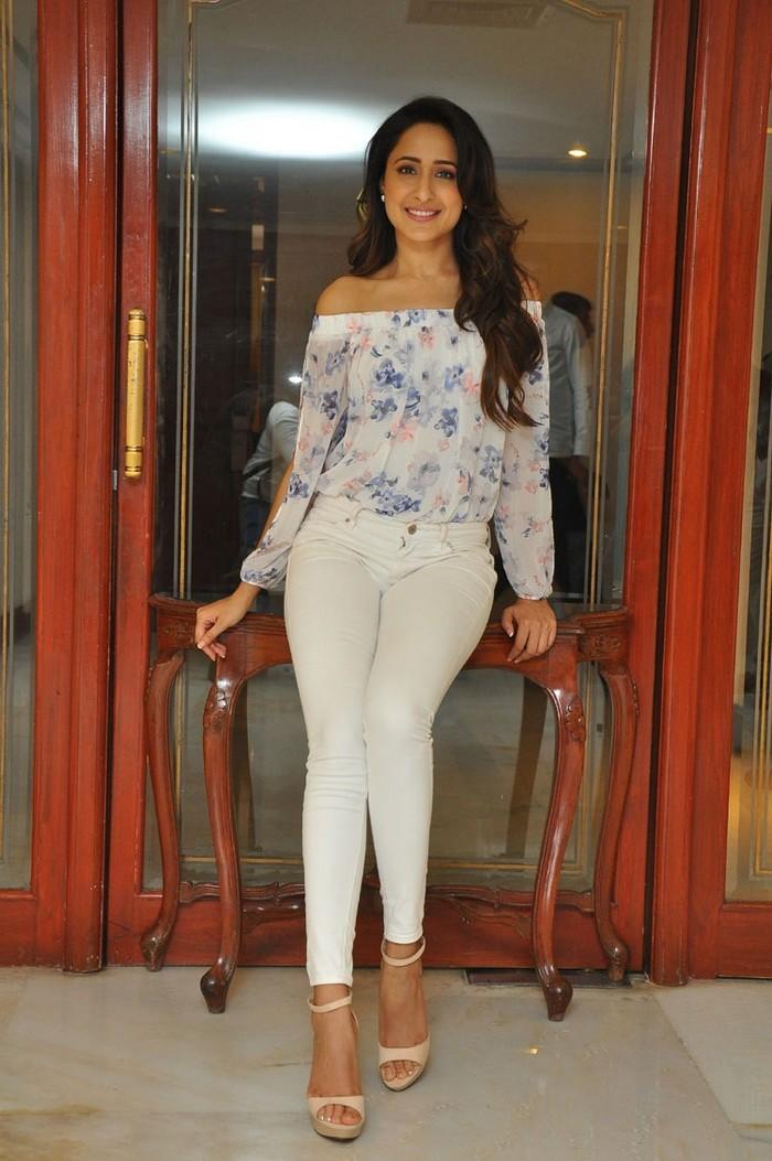 Pragya Jaiswal At Nakshatram Movie Teaser Launch Gallery