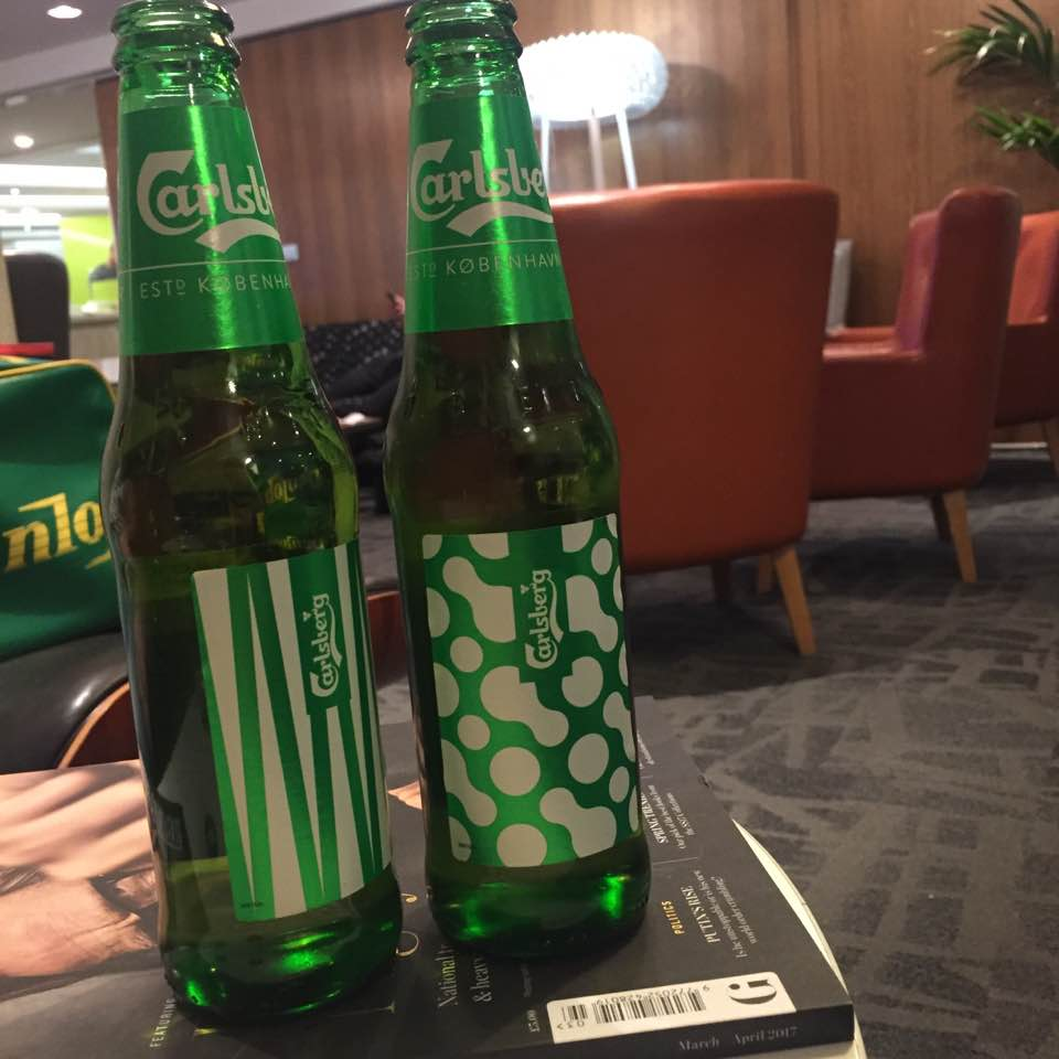 Is it worth booking an Escape VIP airport lounge for breakfast at Manchester airport if you have a morning flight?  - complimentary beer