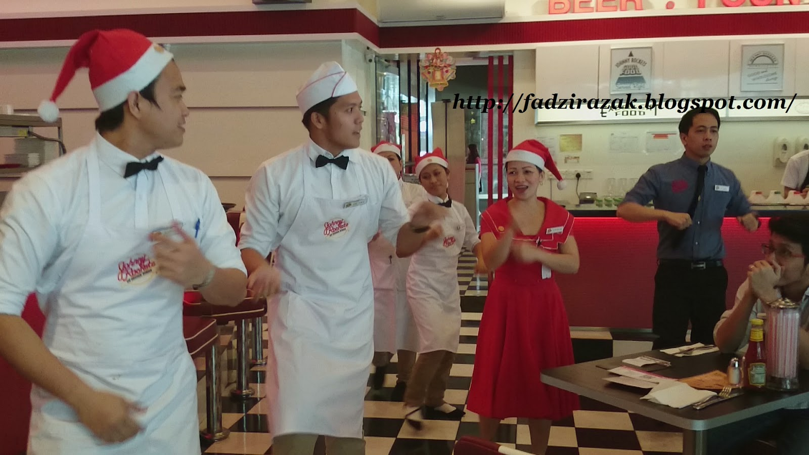 Persembahan Johnny Rockets